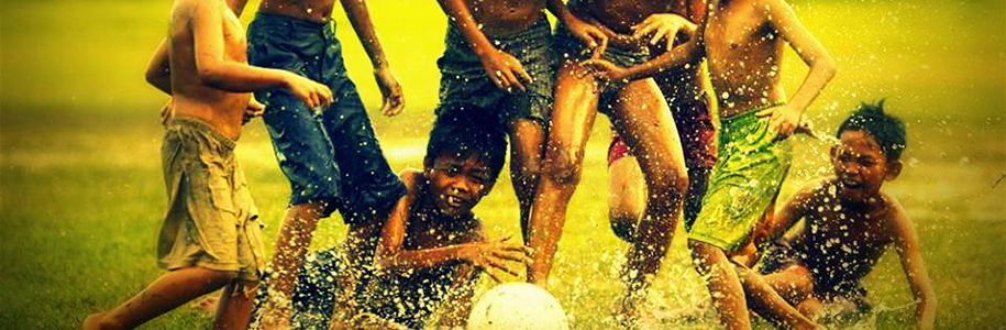 Futbol ezilen halkların mutluluğudur.    G.Weah
